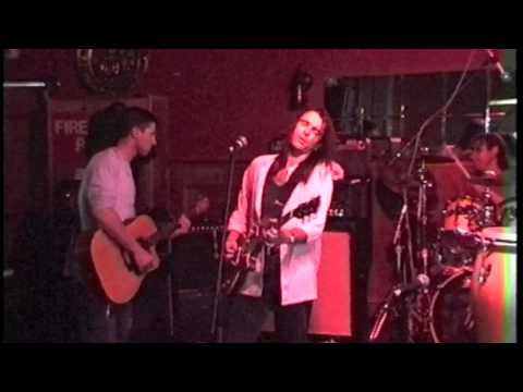 Wallstreet (formerly Kings Of Ransom) at The Commercial Hotel, Northcote 28 November 1999 Preview
