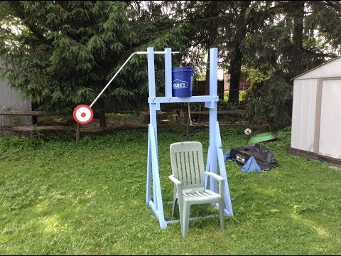 Woodworking : DIY Dunk Tank Bucket Game // How-To