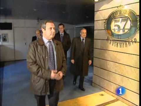 Real Madrid:  Mourinho Criticizes Front Office - Español (12/19/10)