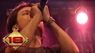 Caffeine - Kau Yang Telah Pergi  (Live Konser Banjarmasin 18 Agustus 2006)