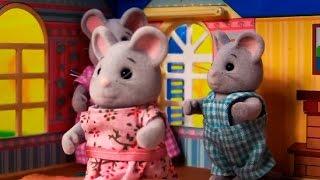 Видео для малышей: Первые уроки лепки с семейством Grey Mouse