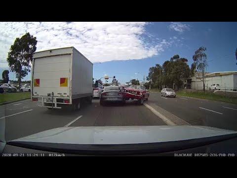 Australian Car Crash / Dash Cam Compilation 25