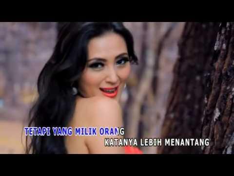 Della Puspita   Bujang Duda Official Video