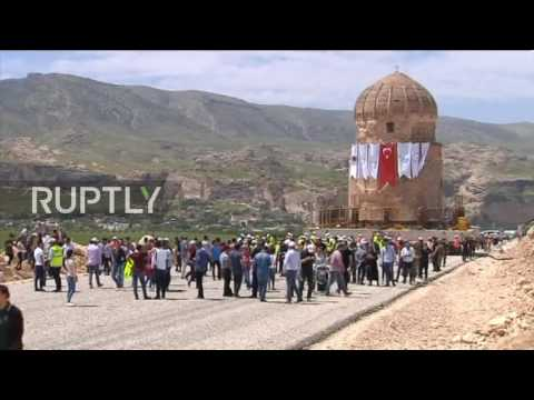 Turkey: 550 year old shrine moved for dam project