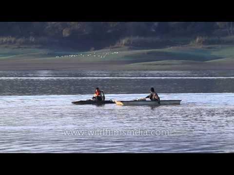 Rowing on the Denwa river, Satpura - Madhya Pradesh
