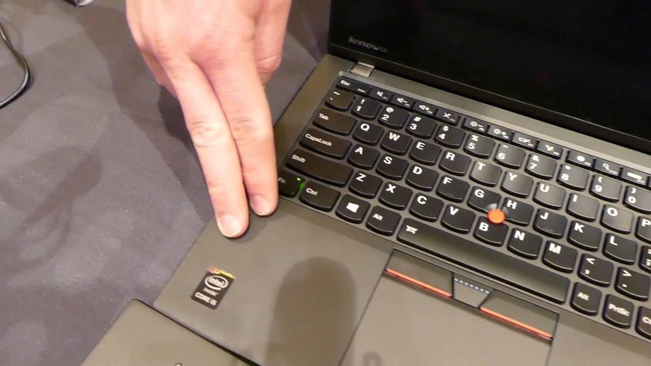 Lenovo Thinkpad X250 vs  T450s @ CES 2015