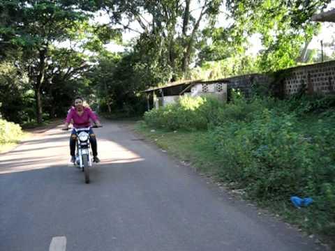 girl riding yamaha rx135 first time