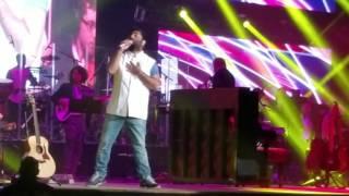 Ae dil hai mushkil title song Chahun main ya na from Aashiqui 2 Arijit Singh concert