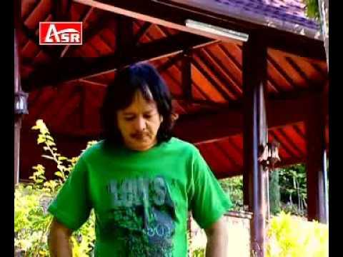 TERGUNA GUNA caca handika @ lagu dangdut