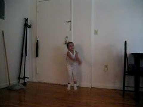 Nini dancing to sean p...