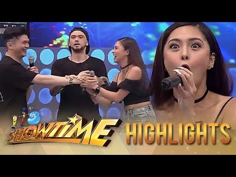 Vhong and Kim try to snatch KZ's magic microphone   It's Showtime