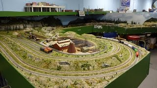 Large N Scale Gauge Train Layout of Midwest N Pioneer Model Railroad RR Club awesome trains