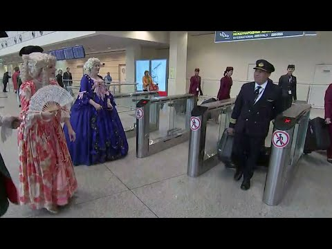 В аэропорту Домодедово прошла торжественная церемония присвоения ему имени Михаила Ломоносова.