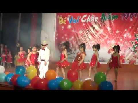 Điệu nhảy gangnam style của các bé Trường mầm non TH ĐH Vinh