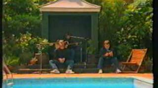 Oasis Stand by me Acoustic by the pool
