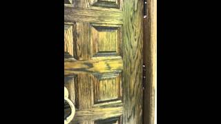 видео Металлические двери внутреннего открывания: стальные входные конструкции