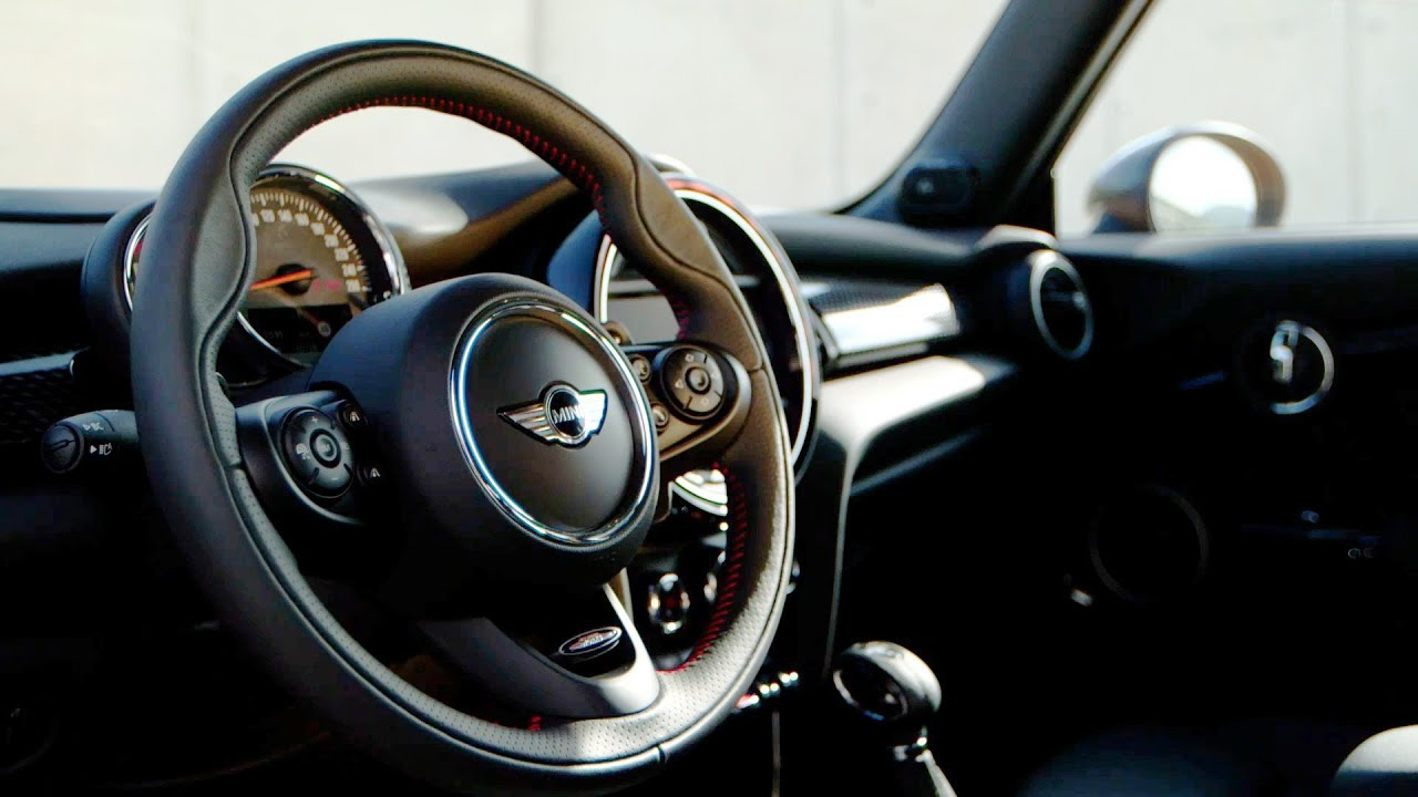 2014 mini cooper s interior youtube for Mini cooper s interieur