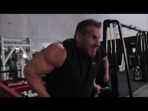 huge-arm-training-with-4x-mr.-olympia-jay-cutler-and-pro-bodybuilder-marc-lobliner-|-tiger-fitness