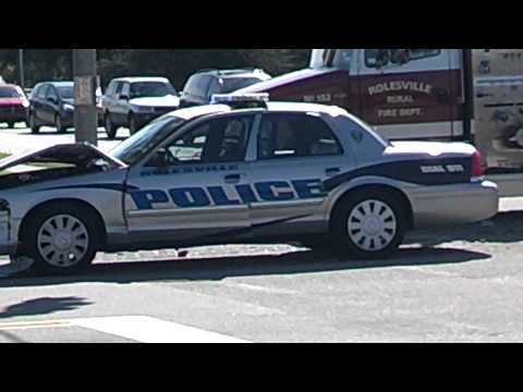 Cop hits teen in car crash