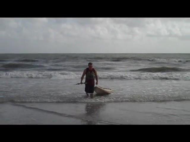 Splash I Kayak in the surf