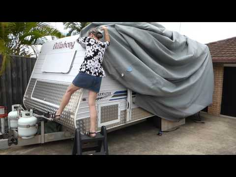 Bloopers - Wife Almost Blown Away Putting Caravan Cover On in Howling Wind - Fozzie's View
