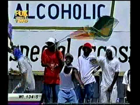 Shivnarine Chanderpaul 100 off 69 balls 1st test vs Australia 2003 Guyana