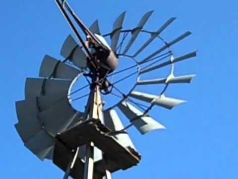 1935 Aermotor Windmill in Action