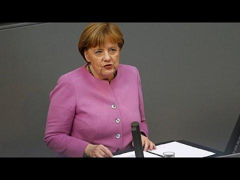 """Merkel: """"Türkiye'nin AB üyeliği gündemde değil"""""""