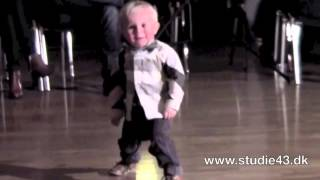 Amazing Video : Two Year Old Dancing to Jailhouse Rock : March 23, 2012