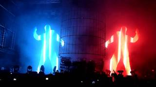 Chemical Brothers - Do It Again (live @ Panenský Týnec - Open Air Festival 2011)