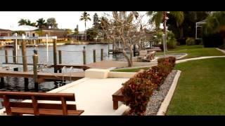 Tropical Breeze Villa In Cape Coral