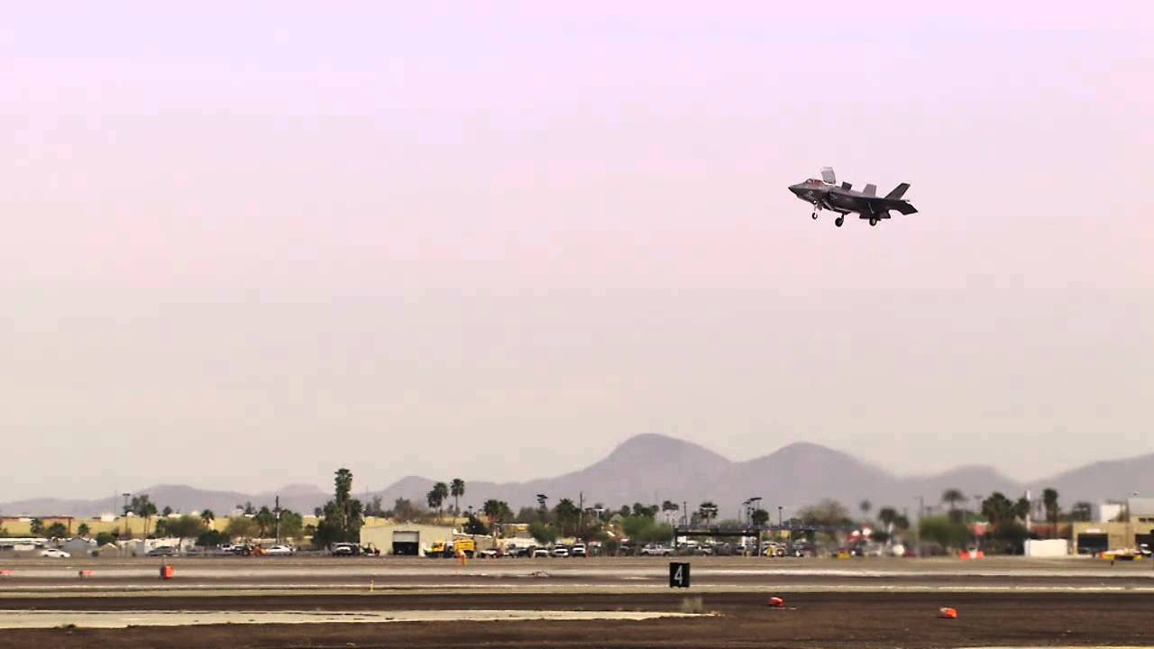 Marine Corps F-35B Conducts First Vertical Landing