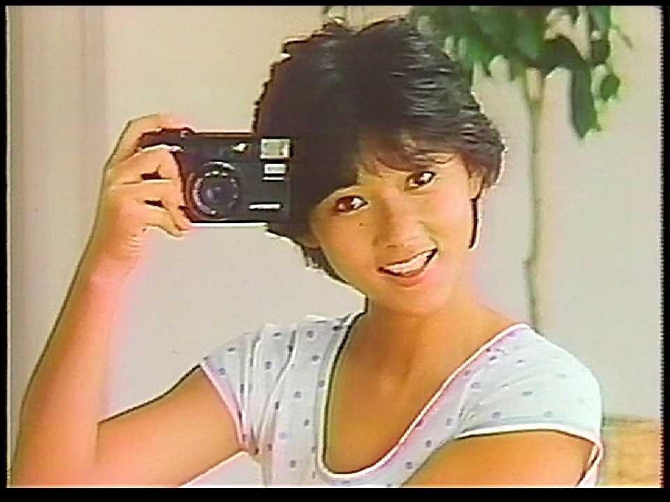 CM ミノルタ 押すだけ全自動クォーツ 1983年 - YouTube