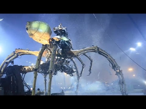 """French Mechanical Dragon Horse and Spider Performance At Ol"
