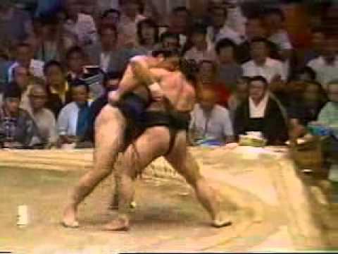 Kitao vs. Chiyonofuji : Nagoya 1986 (北尾 対 千代の富士) Mp3