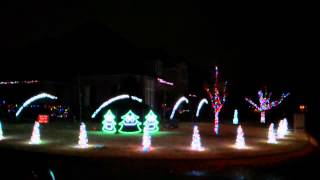 Perkins Christmas Light Show 2013 - What Does the Fox Say
