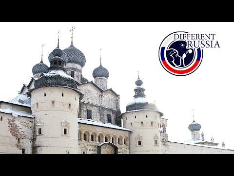 Russia Travel Guide:  Rostov Kremlin vs Other Russian Fortresses // Different Russia