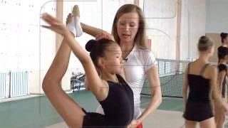 Люди: тренер гимнастики