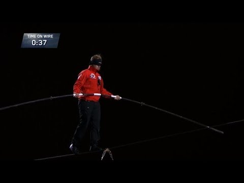 Nik Wallendas Epic Blindfolded Skyscraper Walk YouTube - Nik wallendas epic blindfolded skyscraper tightrope walk