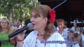 Repeat youtube video SANDA ARGINT-BARASTI DE VEDE, JUD.OLT IN ZI DE SARBATOARE, VOL 4,