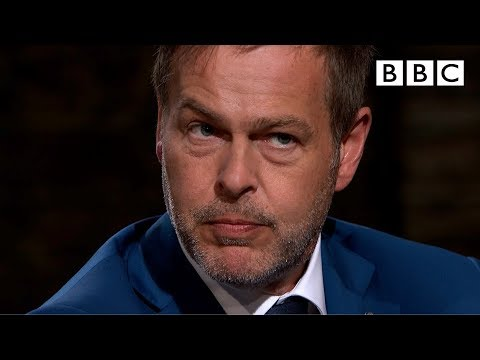 Dragons divided over entrepreneur's strange product I Dragon's Den - BBC