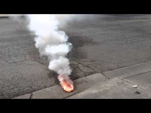 Red phosphorus and sulfer