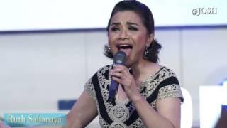 Ruth Sahanaya Performance Lagu Dari Sangihe