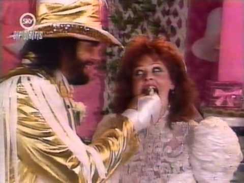 Macho Man's Wedding Reception Interview (1991) thumbnail