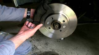 TUTO VIDEO CHANGEMENT PLAQUETTES+DISQUES RENAULT CLIO 2 EXPRESSION