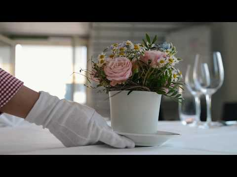 Road to Abu Dhabi - Tatjana Caviezel - Restaurant-Service / Restaurantsfachfrau EFZ
