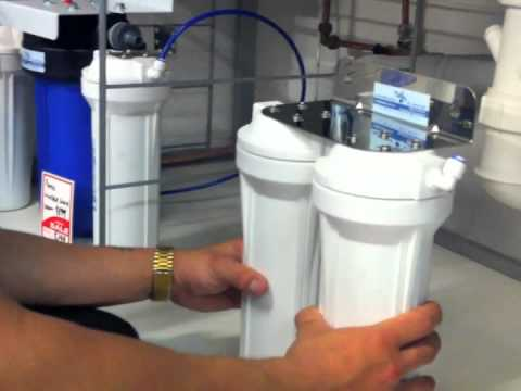 installing an under sink water filter system -