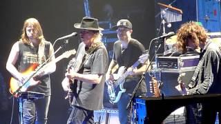 Neil Young -- LIKE AN INCA -- Ziggo Dome - Amsterdam -- 9 july 2016