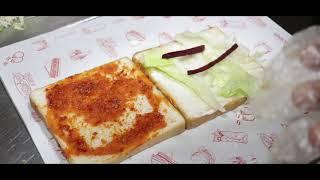 Chicken Shwarma Sandwich At Sam's Momos | Chappan Dukan | Indore Food Journey