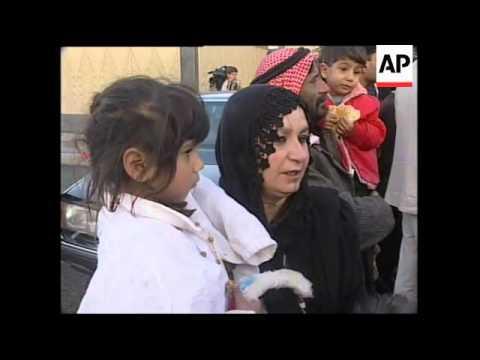 IRAQ: BAGHDAD: IRAQIS FREE 70 JORDANIAN PRISONERS